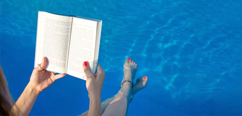 swimming reading image
